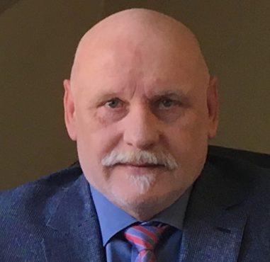 Peter Meyer, Inhaber und Geschäftsführer von Carportmaster, leitet verantwortlich ein Team erstklassiger Projektleiter und Kompetenzpartner.