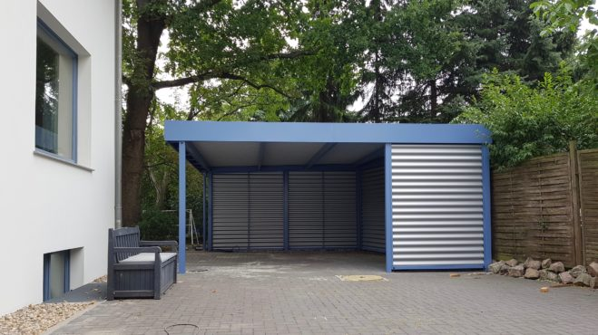 Carport Einzelcarport - Carportmaster Projekt 19-F-2377 - 13156 Berlin - Carportbild 01 - Carportfarbe RAL 5014 taubenblau