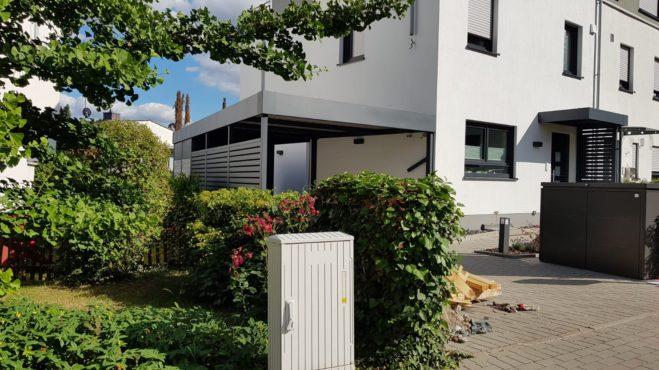 Carport mit Eingangsüberdachung - Carportmaster Projekt 20-C-2132 - 65719 Wertheim - Carportbild 01